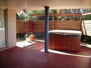 4 person outdoor spa